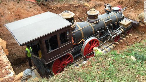 151221110721-texas-locomotive-cyclorama-exlarge-169